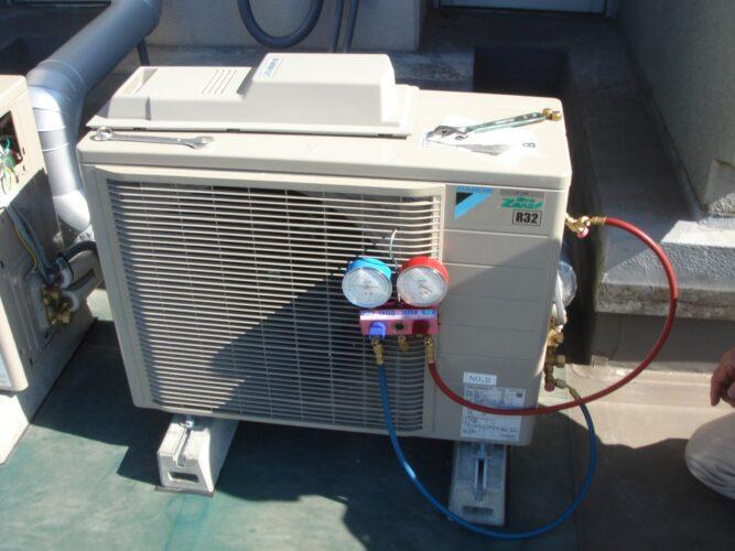 ホマレ管工空調設備室外機